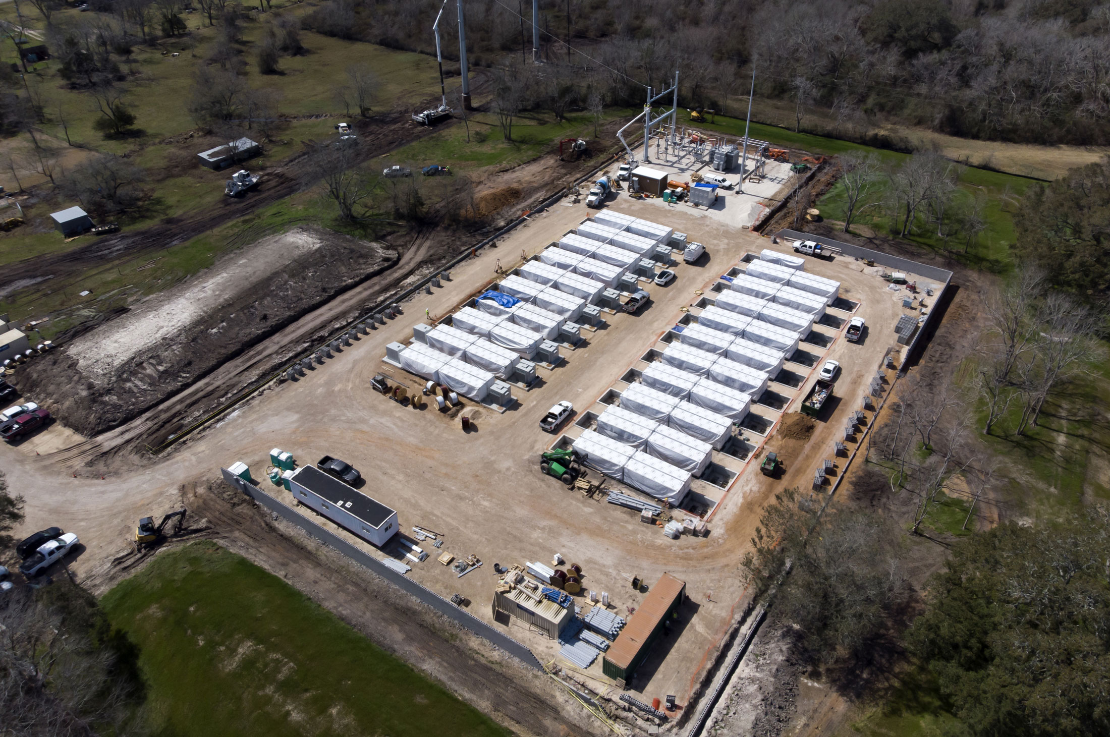 relates to Tesla Is Plugging a Secret Mega-Battery Into the Texas Grid