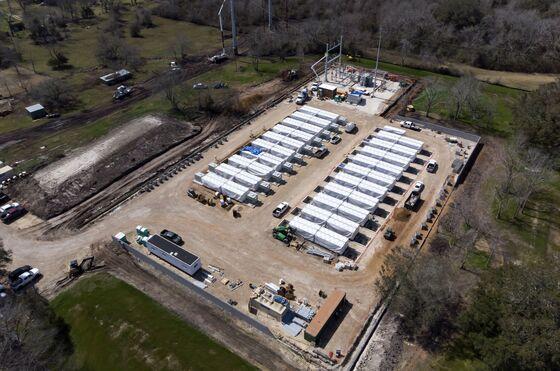 Tesla Is Plugginga Secret Mega-Battery Into the Texas Grid