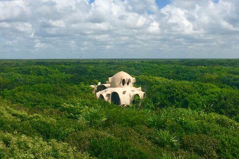 Papaya Playa's Mayan-inspired treehouse