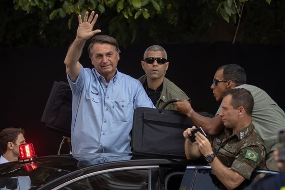 Brazil's Bolsonaro Digs In After Rallies Failed to Move Needle