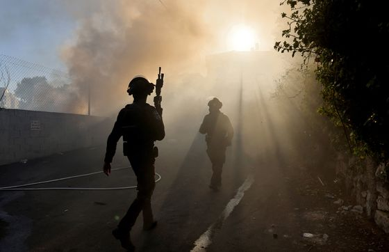 Gaza Militants and Israel Fight On Amid Talk of a Cease-Fire