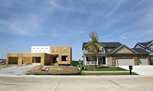 Silence on U.S. Housing Doldrums Makes Obama, Romney Sound Alike