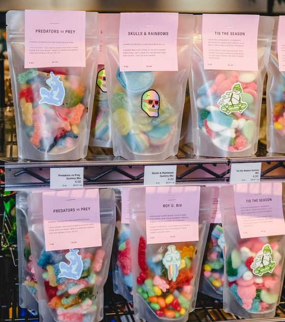 Sweetgreen, Momofuku Founders Join $42 Million Bet on Mini-Marts