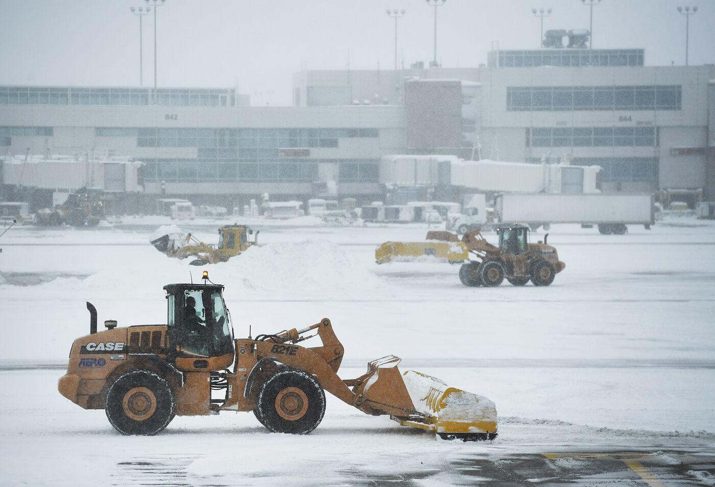 Denver International Airport Snow