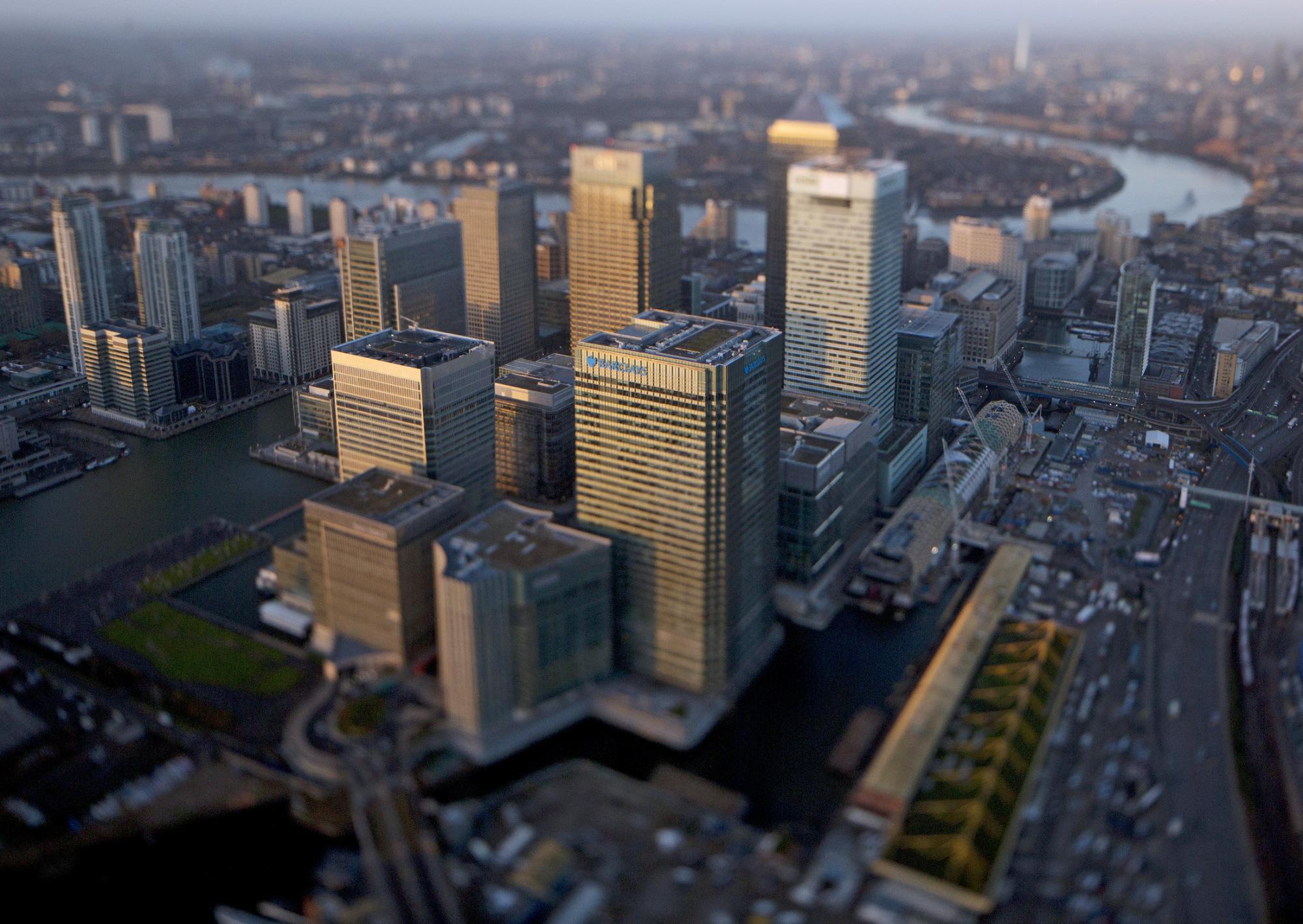 Αποτέλεσμα εικόνας για Brexit Offers U.K. Office-Buying Boon, $95 Billion Fund Says