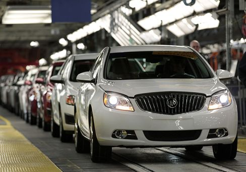 GM Rises After Berkshire Investment Christens 'Buffett Motors'