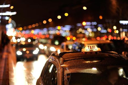 France Could Put the Brakes on Uber's Mobile-App Car Service