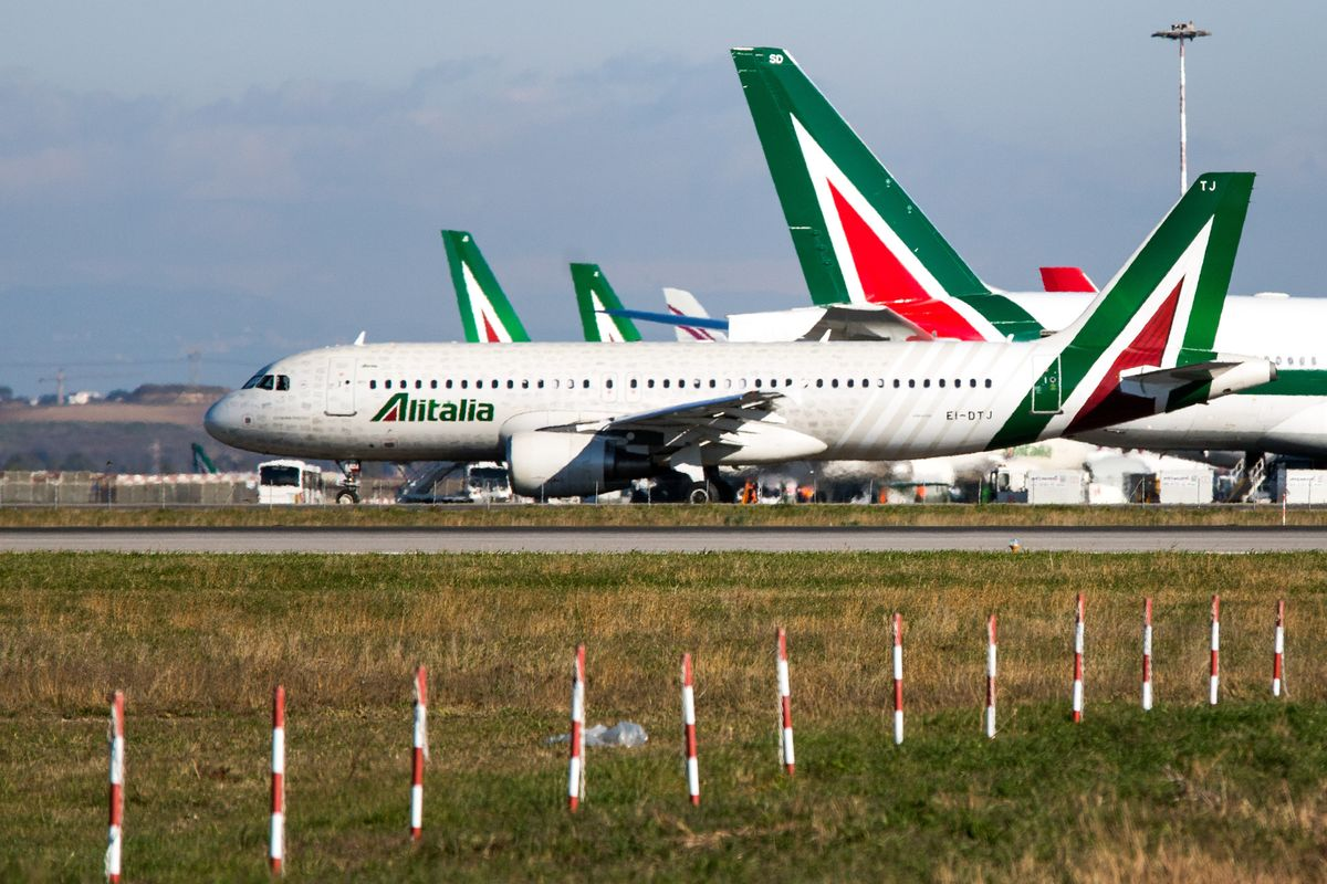The Rescue of Italy's Bankrupt Airline Faces Yet Another Delay