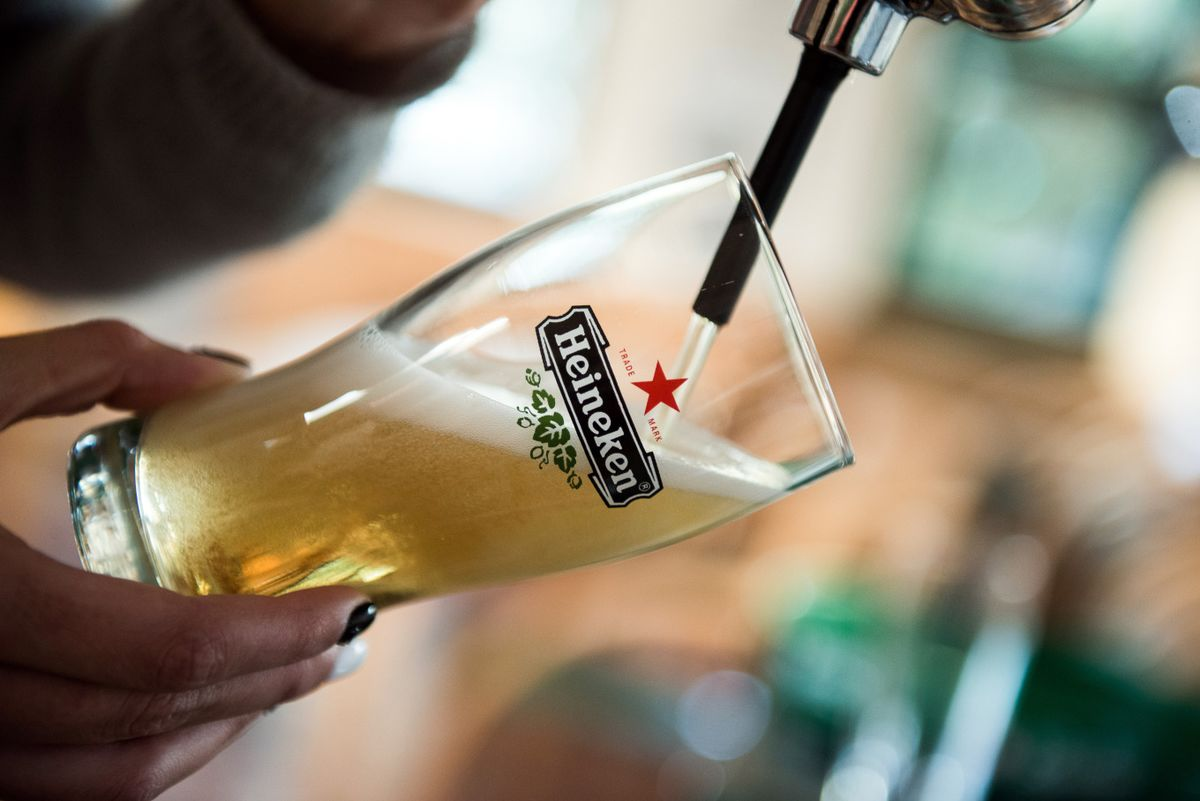 World's Two Biggest Beer Brewers in Battle Over Keg Technology