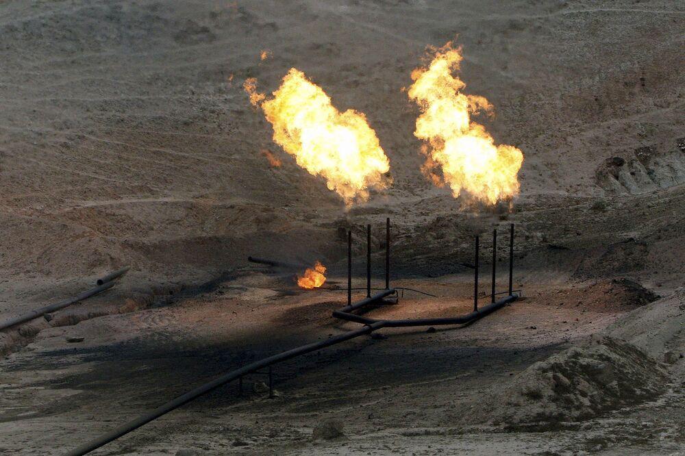 Iran Plans June Oilfield Tenders for International Companies - Bloomberg