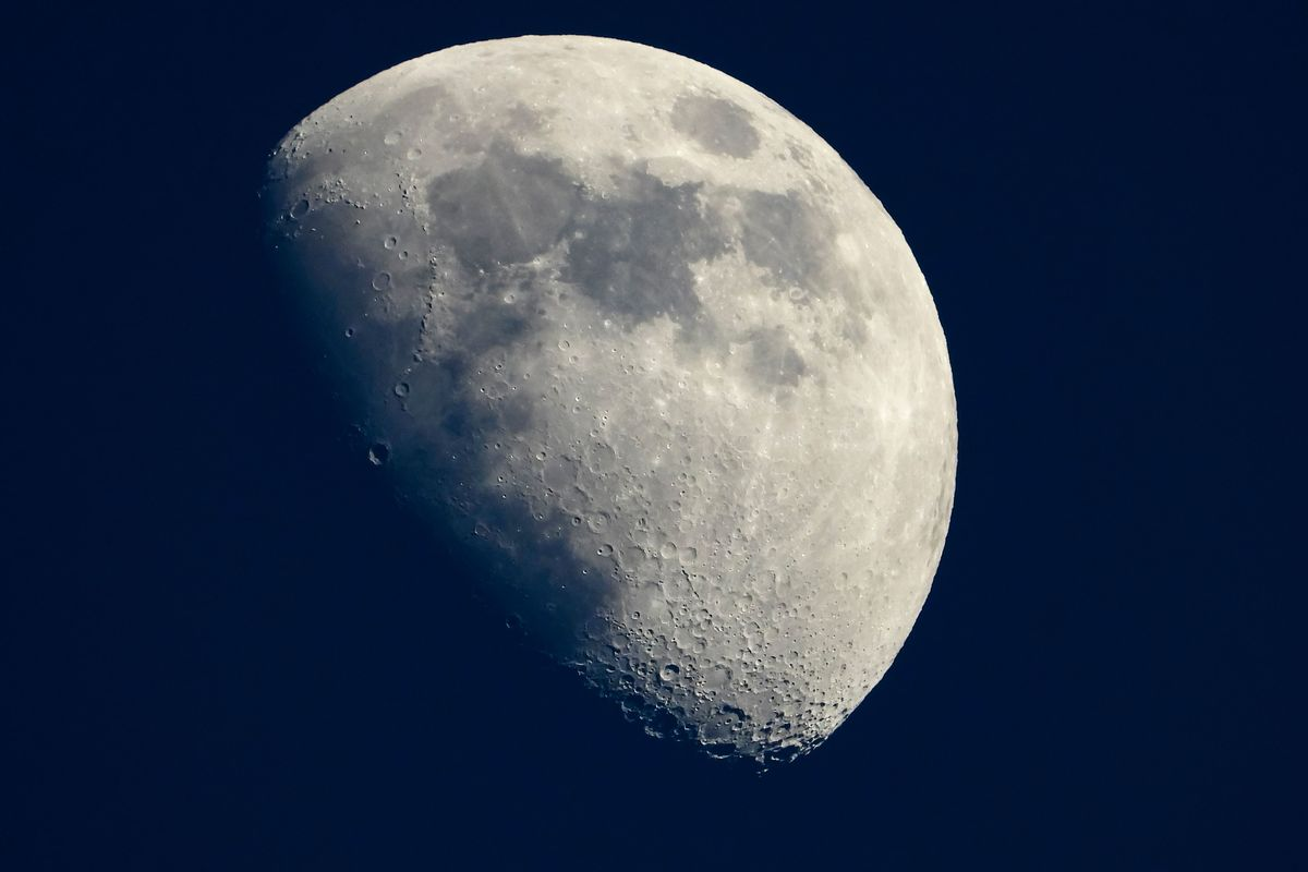 The Silicon Valley Heavyweights Who Want to Settle the Moon