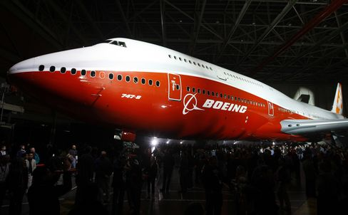Boeing Aims to Fly 747-8 Passenger Jet by End March