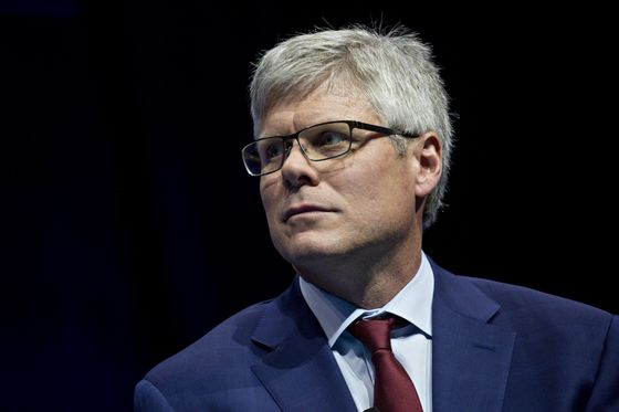 Qualcomm's Mollenkopf Sees Shortage Easing for Certain Chips