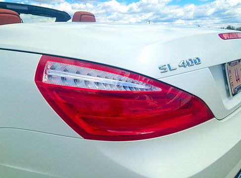 The SL400 is fast and nimble, stiff in the chassis but not too rigid.