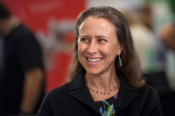 23andMe in Talks to Go Public Via Branson SPAC