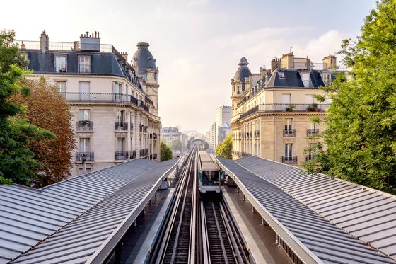 What It's Like to Visit Paris Right Now