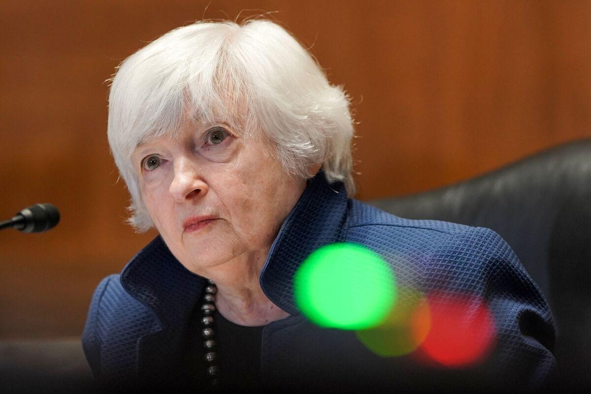 Yellen, Lawmakers to Discuss Distributing Rent-Relief Funds