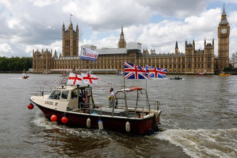 Fishermen demonstrate outside the Houses of Parliament on June 15.