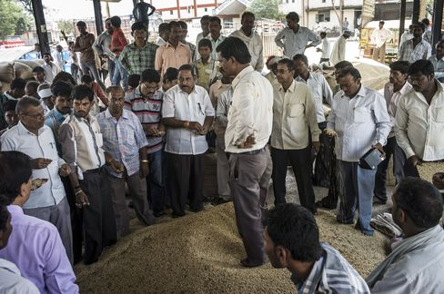 Traders Bid For Soybeans