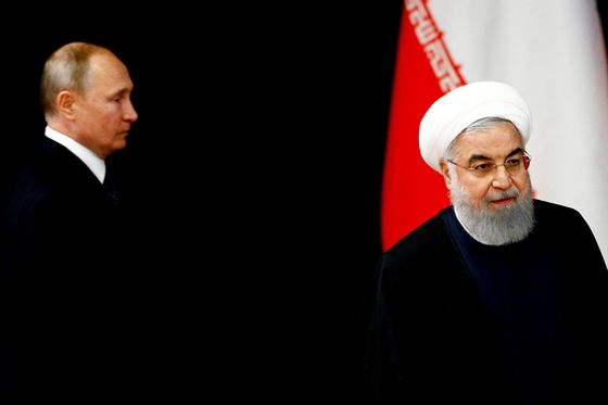 Oil Squeeze on Iran Aids Putin's Power Play in the Middle East