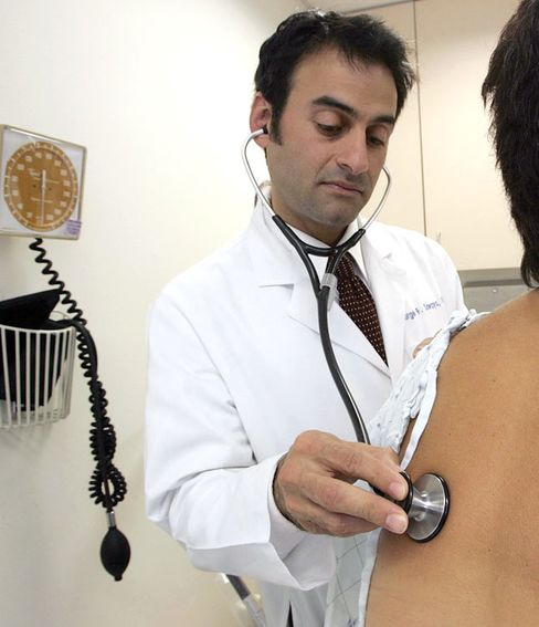 Workers Pay 14% More for Health Insurance in 2010 to $4,000