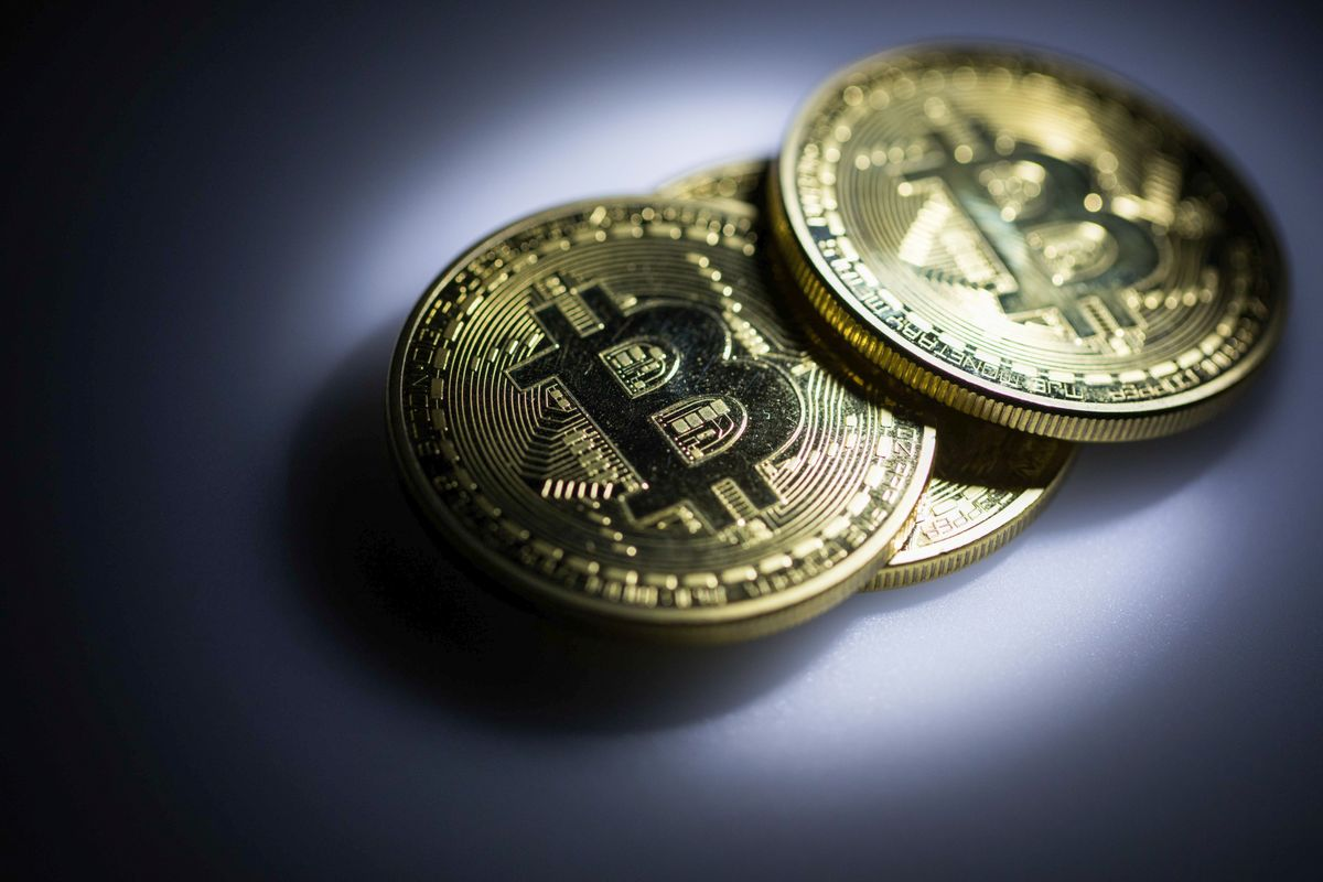 Bitcoin Bounces Back Above $8,000 Level After Earlier Slump
