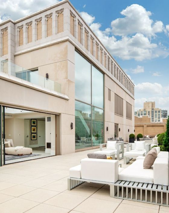 A Manhattan Penthouse Faces Reality, Cuts Price to $62 Million