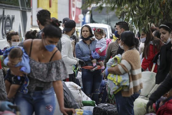Maduro Offers Love for Migrants, Then Locks Them in Sweltering Camps