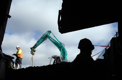 Envy of World Economy Belied by Ailing Australia Industries