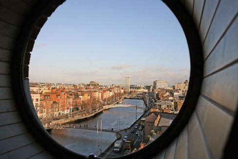 Recession Empties Ireland Hotel Rooms
