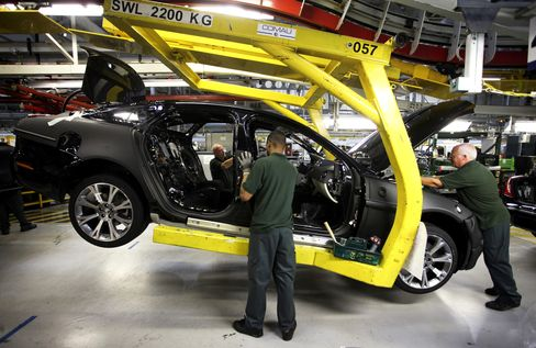 U.K. Auto Industry Reaps 'Renaissance' Led by Nissan, Tata