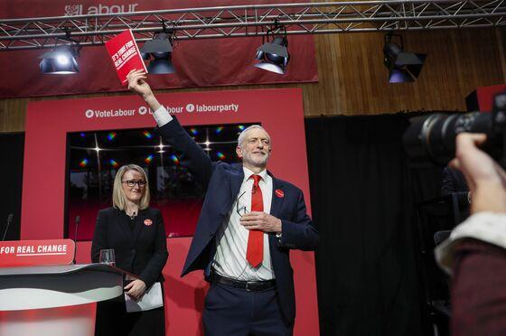 U.K. Labour's Long Bailey Mulls Bid for Party Leadership
