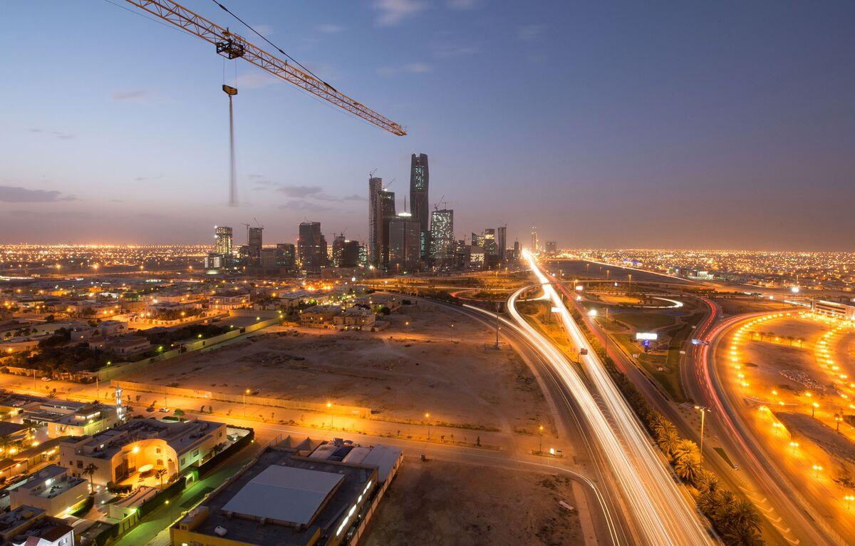 QuickTake Q&A: Saudi Stock Market Steps Up Bid for Foreign Cash