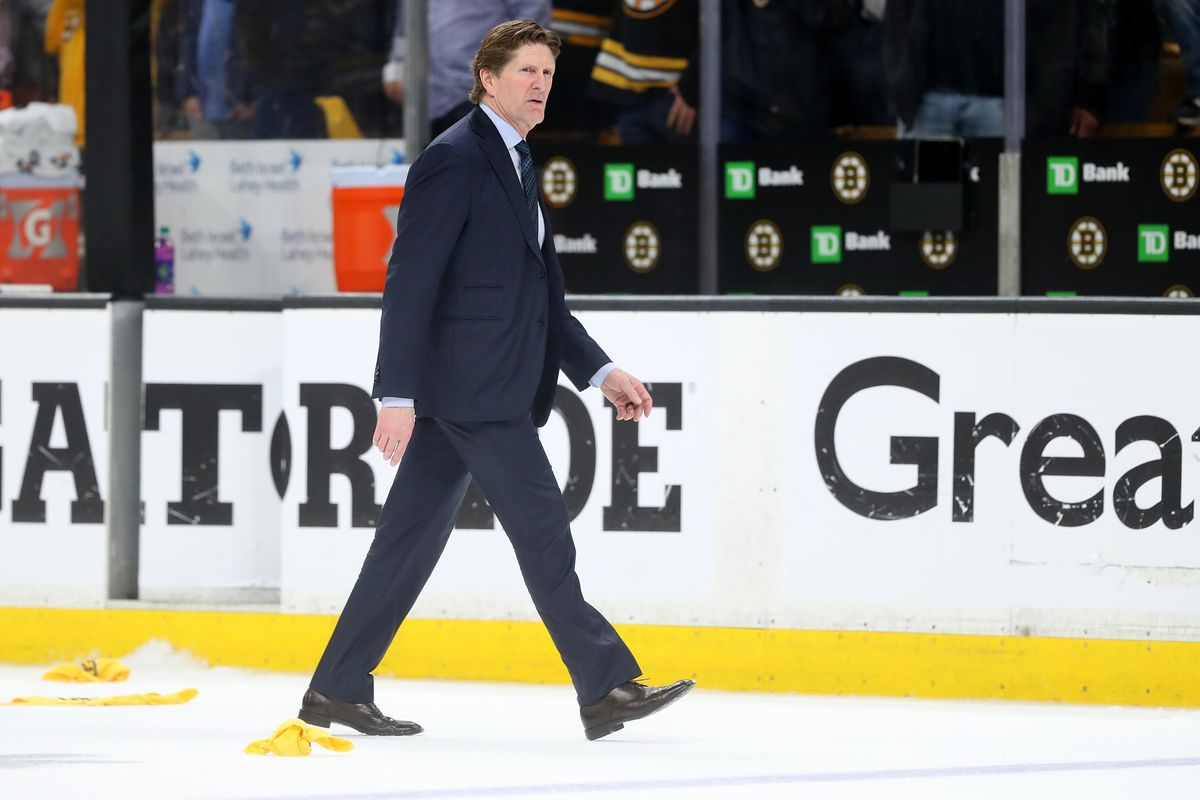 Underperforming Maple Leafs Fire Coach Mike Babcock