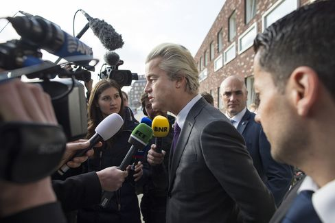 Dutch Voters Go To The Polls For EU-Ukraine Trade And Association Agreement Referendum