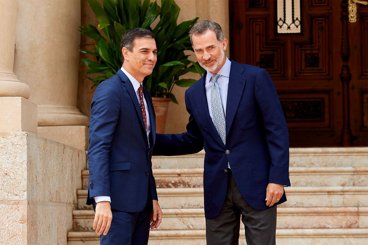 Spain's King Felipe Asks Pedro Sanchez to Attempt to Form Government