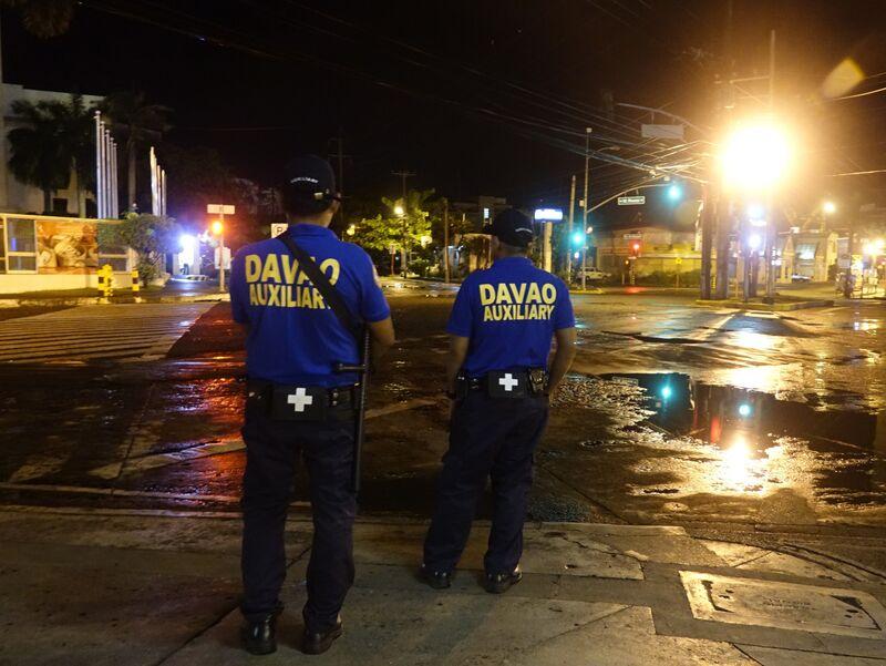 duterte puts mindanao under martial law on militant clashes