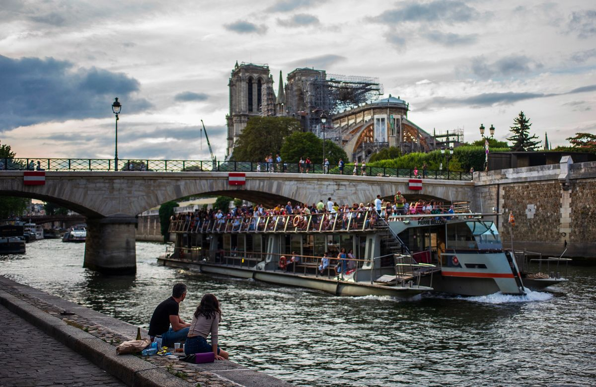 Notre Dame Reconstruction to Wait Another Week on Lead Clean-Up