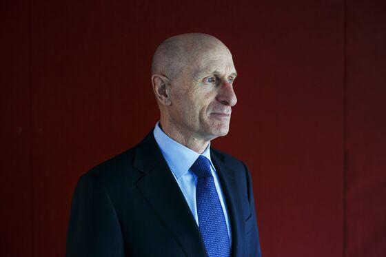 Nutrien Names Schmidt CEO as Magro Departs Fertilizer Maker
