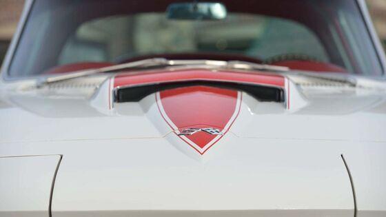 This '67 Corvette Has Never Had a Passenger