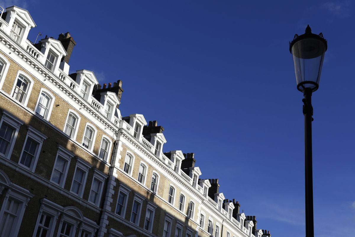 U.K. Million-Pound Home Sales Hit Record High Despite Slowdown in London