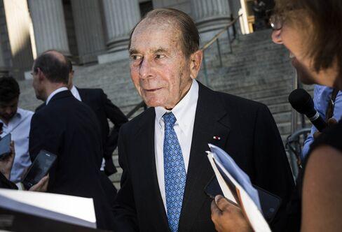 Greenberg leaves court in New York, on Sept. 13.