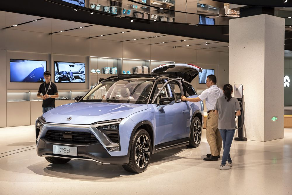 Inside Chinese Electric Car Maker Nio Inc S Shanghai Showroom