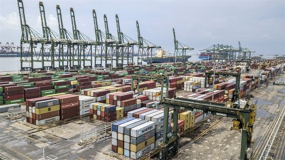 China Trade Surges to New Records on Strong U.S., EU Demand