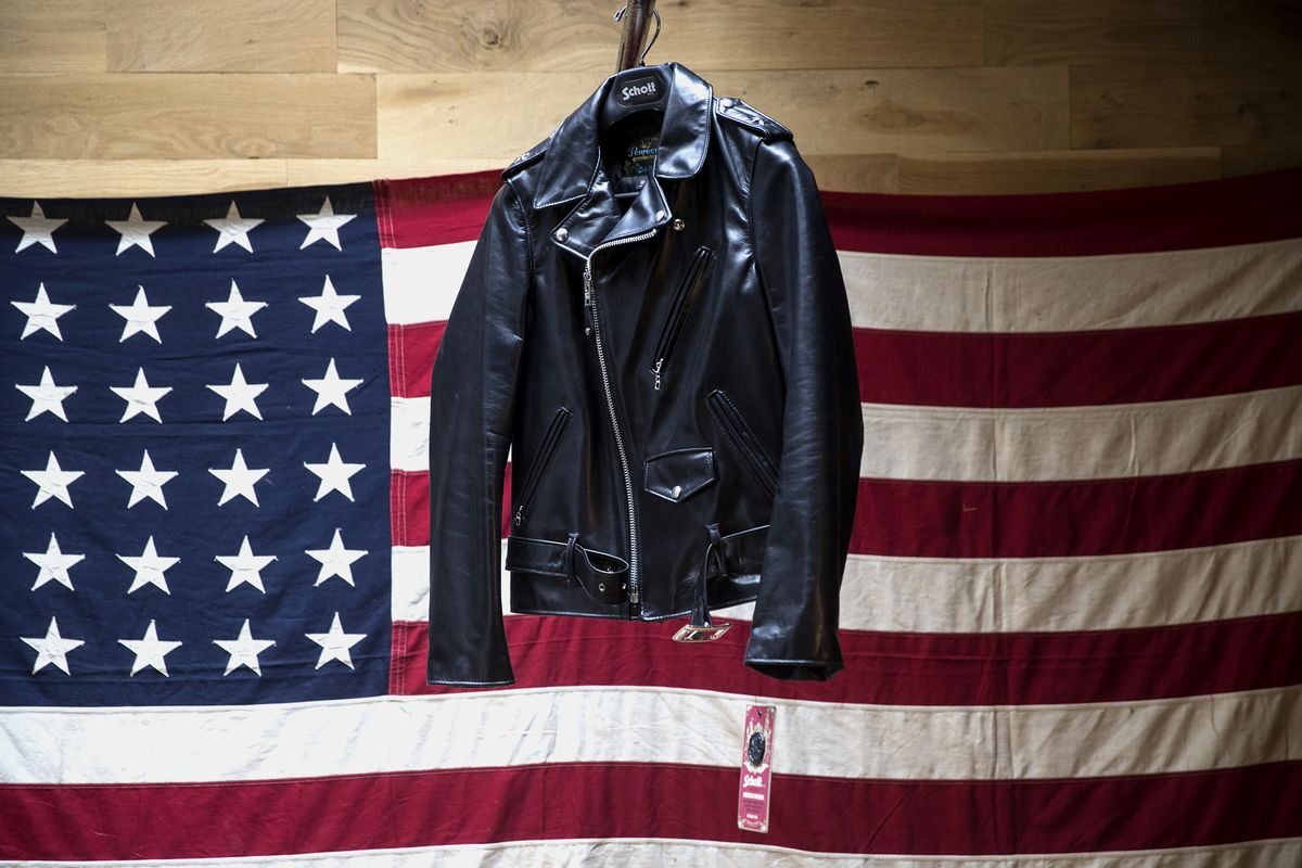 ca0078d4d4 America s Rebels All Love Their Schott Perfecto Leather Jacket - Bloomberg