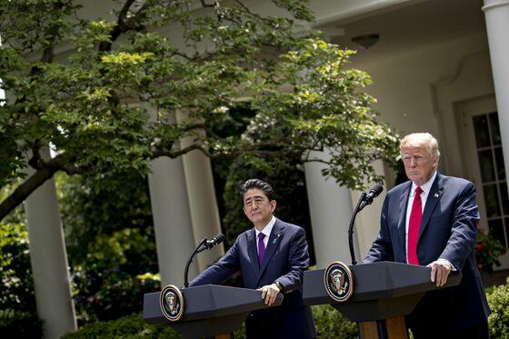 Trump-Kim Handshake to Open Summit as Outcome Hangs in Balance