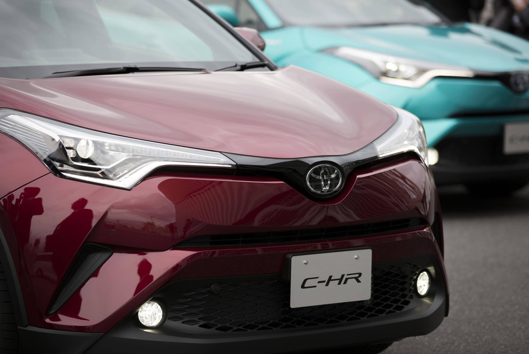 en vehicle the cell sales articles surpasses mirai fuel toyota toyotas hydrogen
