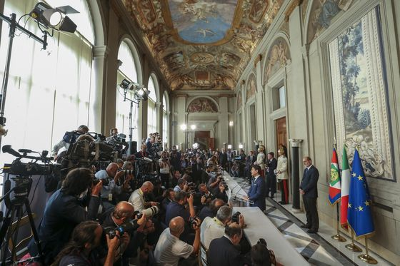 Italy's New Finance Minister Is a Peace Offering to Europe