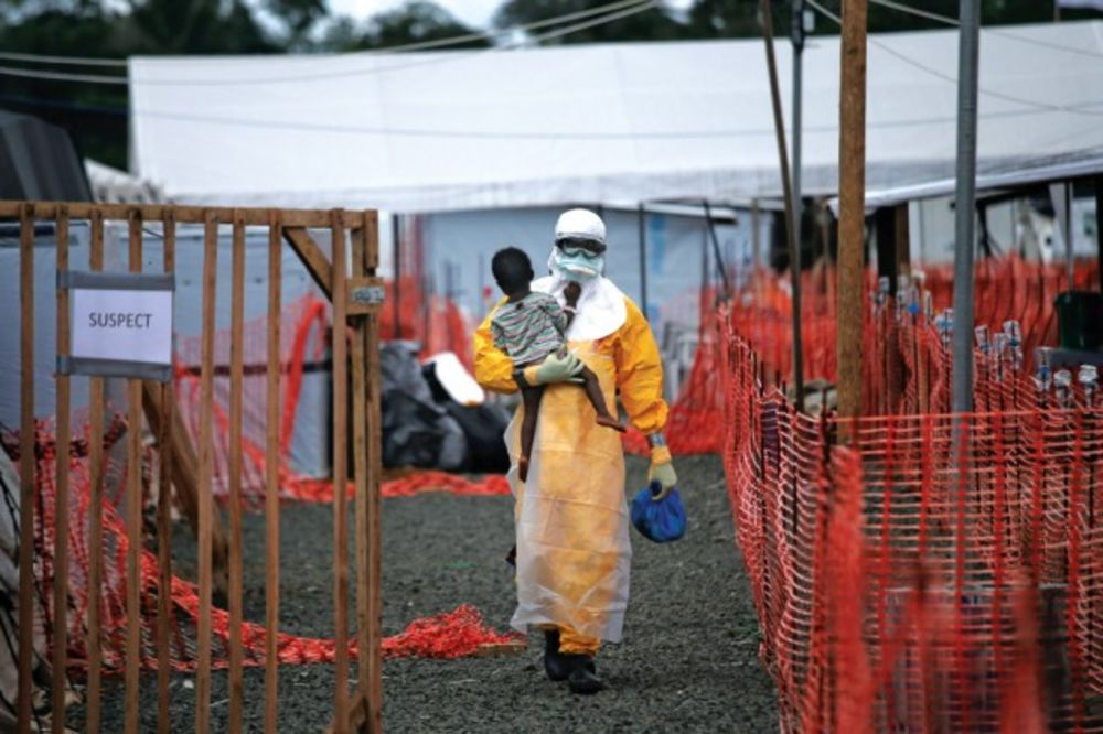 Ebola Doctors Without Borders Shows How To Manage A Plague Bloomberg
