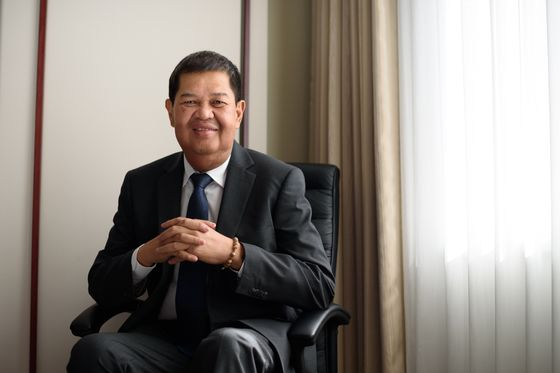 Philippine Central Bank Chief Takes Indefinite Medical Leave